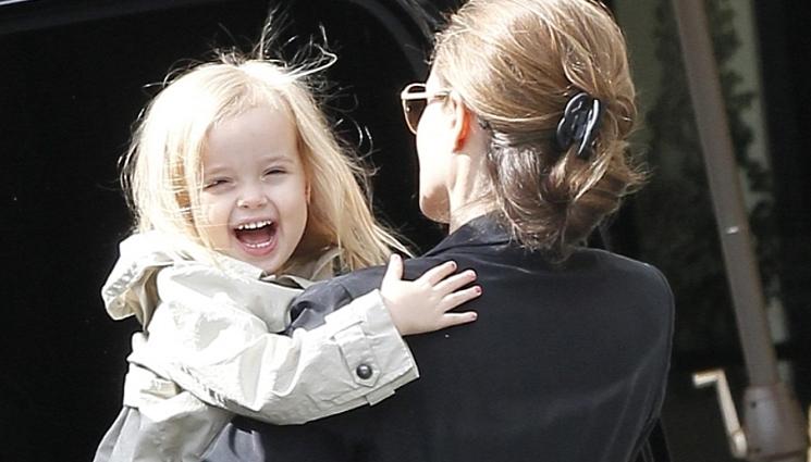 La hija de Pitt y Jolie luce como varón