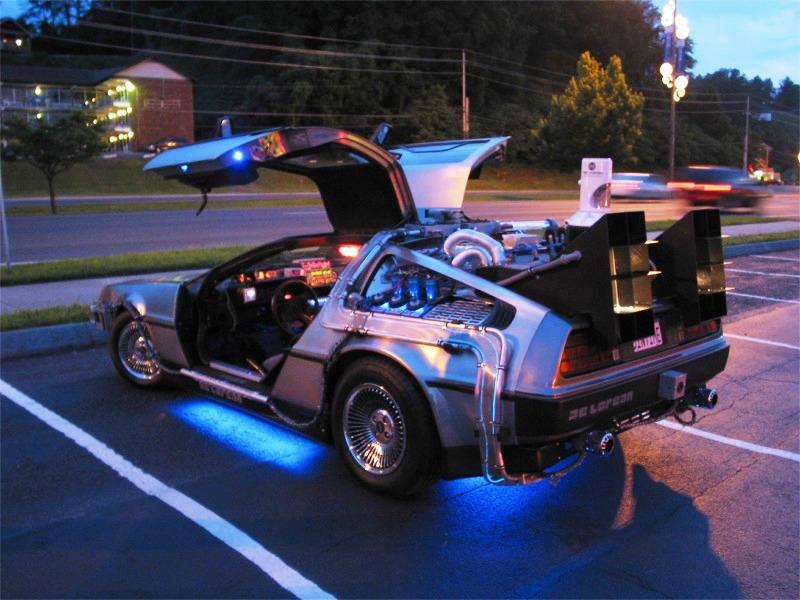Hicieron el auto de Volver al Futuro II