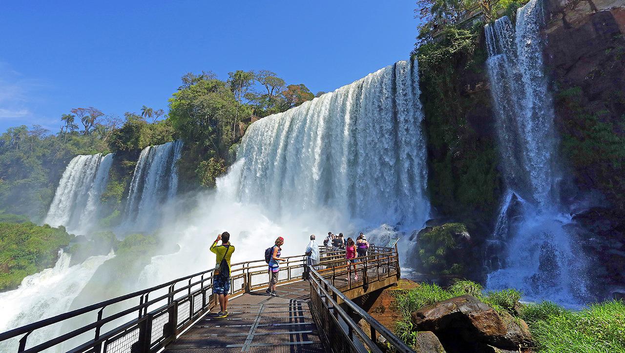 Las imponentes Cataratas del Iguazú – Gamba FM